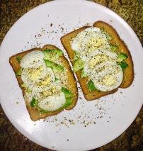 Avo/Egg Toast
